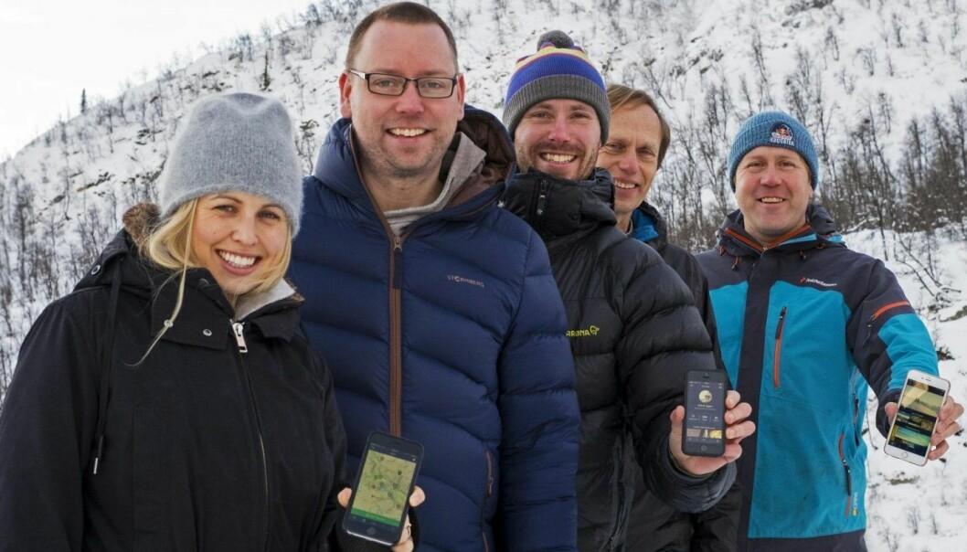 Teamet i Outtt, med Mari Mathews, Espen Oldeman Lund, Erlend Eggen, Dag Nordsveen og styreleder Øystein Valle. Foto: Eirik Høyme Rogn