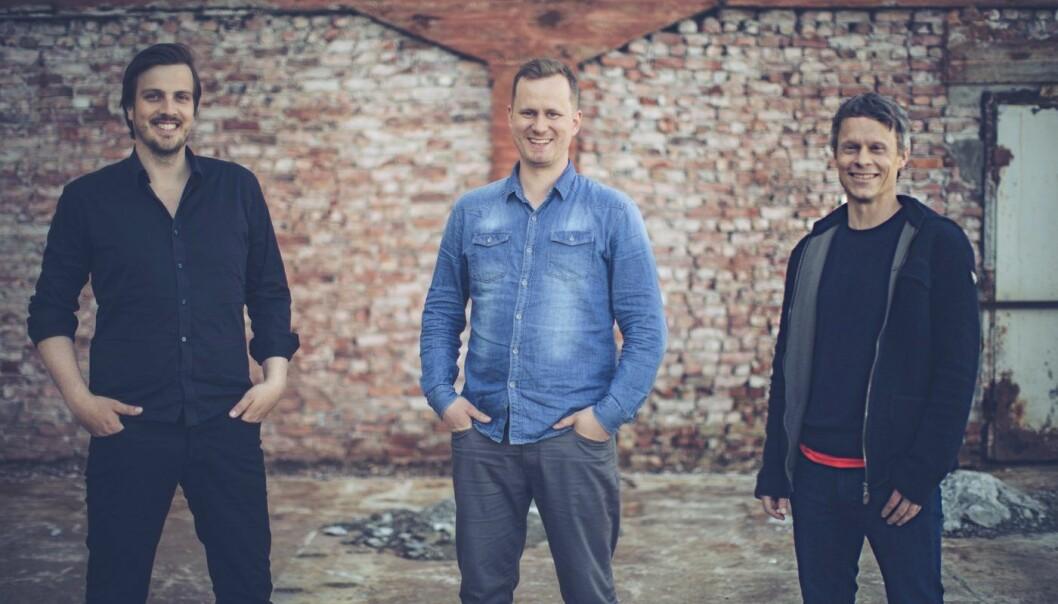 Gründerne fra venstre: Kjell Are Furnes, Arve Voldsund, Jørn Refsnæs. Cato Bjørkli er ikke tilstede på bildet. Foto: Johannes Lovund