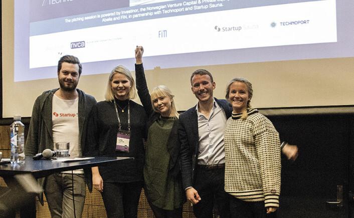 Jan Bubienczyk i Startup Sauna sammen med prisvinnerne i Scale-Up Challenge. Pål Magne Amundsen i ReTyre, Line Kirkemo i JodaCare, Joanna Daffy i AbleOn, og Christine Spiten i Blueye.