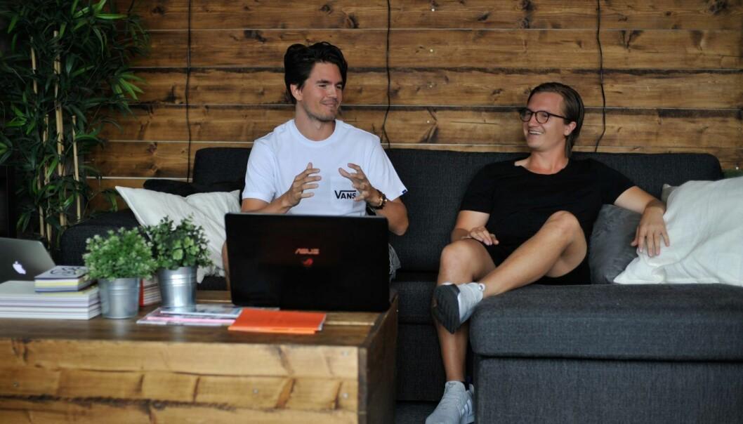 Gründerne av PTX med daglig leder Sigurd Dons (til høyre) og Utvikler Nicolai M. Q. Hjorth (til venstre). Foto: PTX