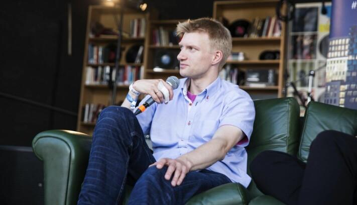 Geir Engdahl her på et samtalepanel under Øyafestivalen, der han snakket om hvordan det er å være gründer. Foto: Per-Ivar Nikolaisen