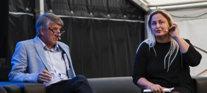 Kenneth Svendsen (FrP) og Dilek Ayhan (H) var med på diskusjonen om hva Norge har å lære av Sverige innen tech. Foto: Per-Ivar Nikolaisen
