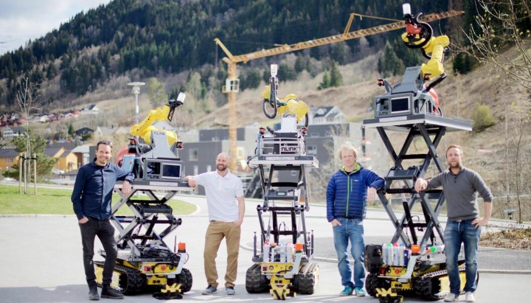 nLink er en av de norske startupene som har fått midler fra Horizon2020, i samarbeid med europeiske forskningsmiljøer. Her med Jørn Nilsson (f.v.), Tom Asle Henninge, Håvard Halvorsen og Halvor Gregusson. Foto: nLink