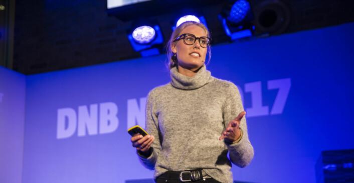 Silje Andersen i Byspire dyrker vertikalt innendørs, og med tech. Foto: Per-Ivar Nikolaisen