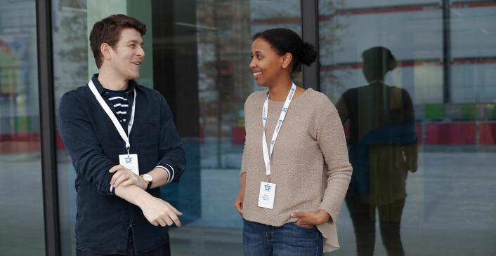 Edward Jonathan Davies (t.v.) og Hodo Elmi Aden i Diwala er en av flere raskt voksende startups på flyktningfeltet. Foto: Maria Amelie