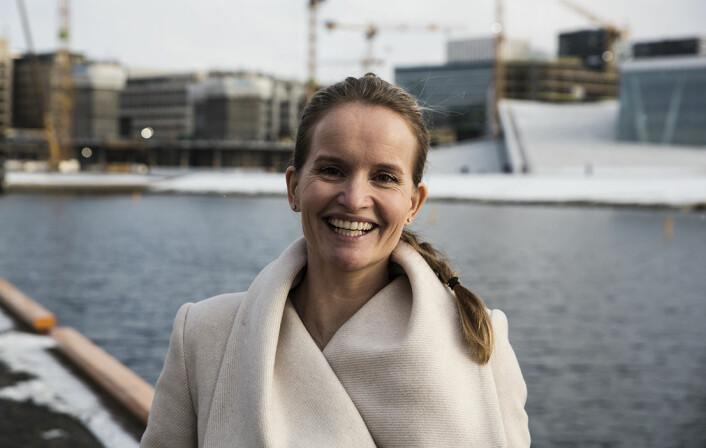"""Marianne Bratt Ricketts i Vibbio """"multitasker"""" seg gjennom morgenen når mannen hennes er i Norge. Foto: Per-Ivar Nikolaisen"""