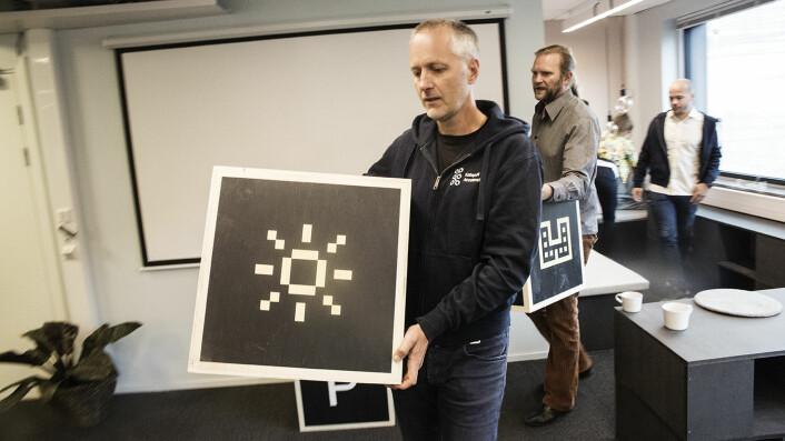 Anders Lier fra Nordic Impact skal også på Slush-konferansen. I bakgrunnen står Tharald Nustad. Foto: Per-Ivar Nikolaisen