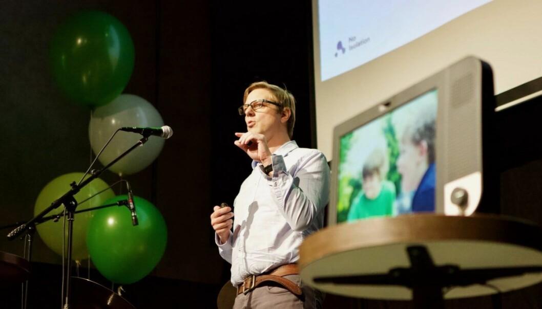 Marius Aabel under lanseringen av Komp. Foto: Marius Vabo