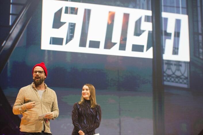 Johan Brand (t.v.) på hovedscenen på Slush i år. Foto: Per-Ivar Nikolaisen