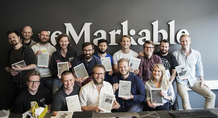 ReMarkable-teamet viser frem produktet, som skal gi brukerne følelsen av å tegne og skrive på ekte papir. Foto: Per-Ivar Nikolaisen