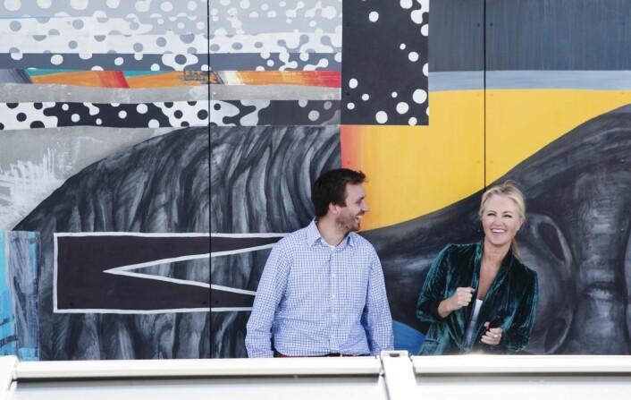 Jarle Snertingdalen og Jeanette Dyhre Kvisvik er svært fornøyde med fundingrunden som gjør at de kan gi full gass fremover. Foto: Per-Ivar Nikolaisen