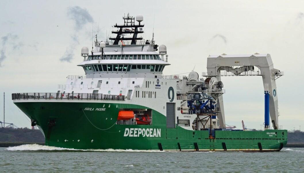 Stortinget vil bruke offshore-fartøy til lå rense havet for plast. Foto: Kees Torn, Flickr