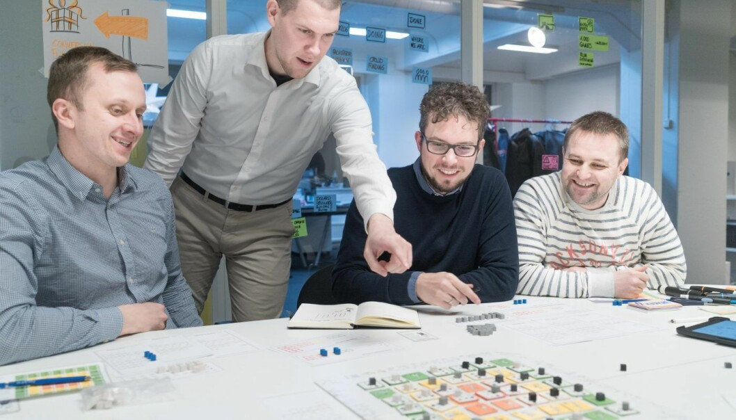 PLAYING LEAN-TEAMET: Simen Fure Jørgensen, Bruno Pešec, Holger Nils Pohl, Tore Rasmussen. Foto: Privat.