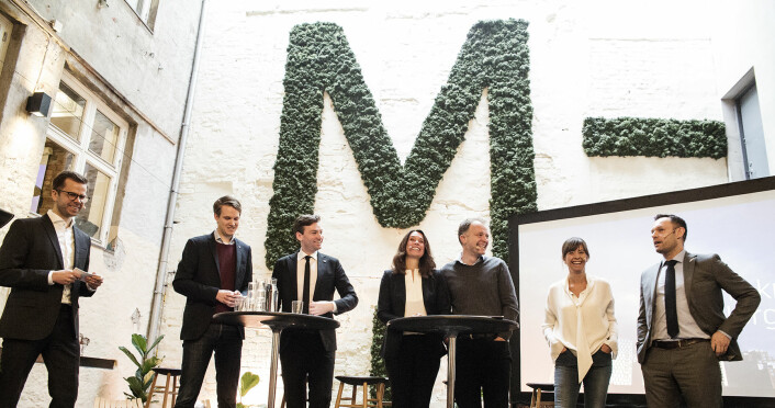 Torstein Tvedt Solberg (AP), Henrik Asheim (H), Hege Skryseth (Kongsberg Digital), Per Einar Dybvik (StartupLab), Heidi Austlid (IKT-Norge) og Torgeir Knag Fylkesnes (SV) var i debatt under fremleggelsen av Telenors rapport Status Teknologi-Norge 2018. Foto: Per-Ivar Nikolaisen