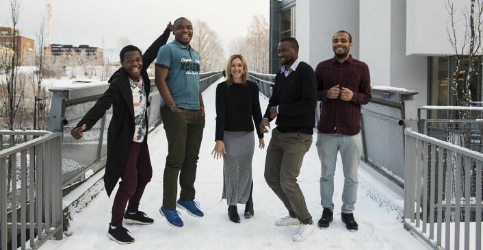 Mangfoldig team i Vipicash: Olivier Mukuta (f.v.), Jonathan Kongolo, Meryn Willets, Janny Kinende og Fredrik Mosis. Foto: Per-Ivar Nikolaisen