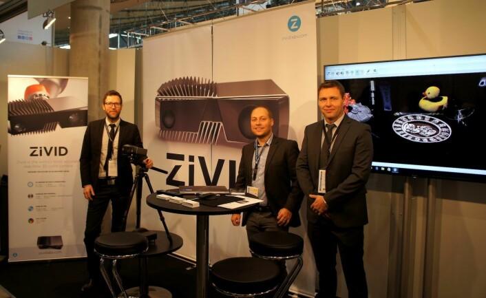 Zivid-teamet på Vision 2016, nå hakket mer rigget for salg. F.V. Schumann-Olsen, Skotheim og Ulfeng.