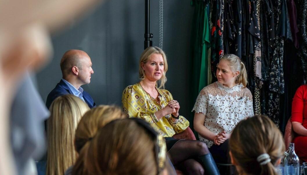 Jon Christian Thaulow, partner i BAHR, advokat og serie-gründer Jeanette Dyhre Kvisvik og gründer Sigrun Syverud på Fjongs frokostseminar i 2018. Foto: Vilde Mebust Erichsen