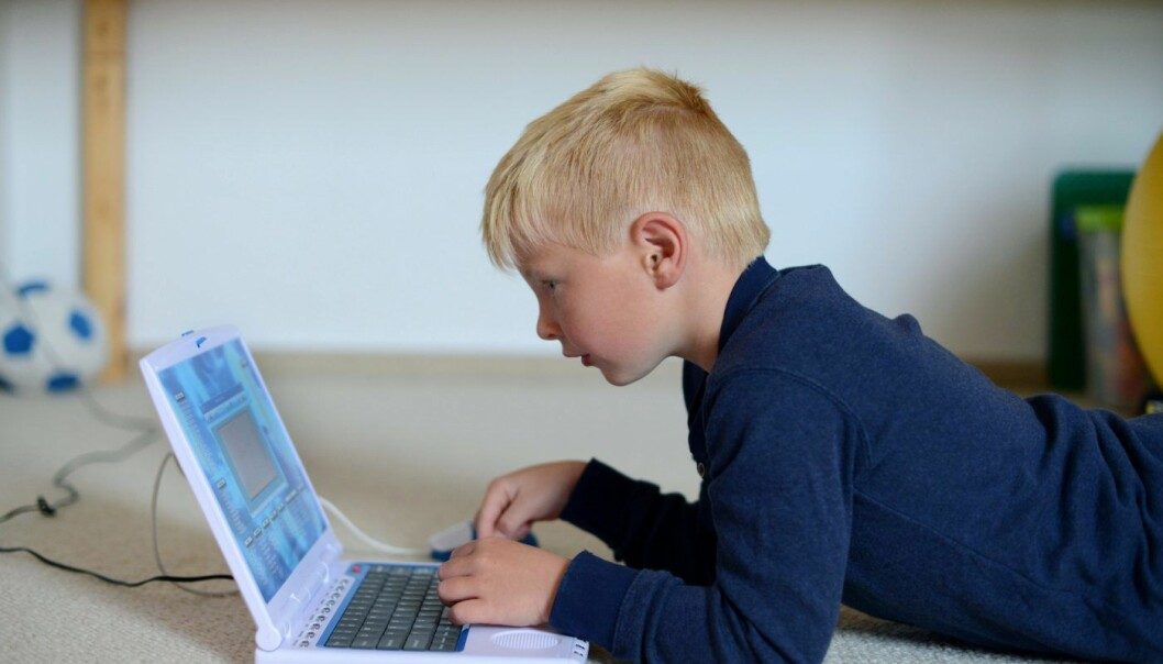 Vel halvparten av de 90 millionene som skal deles ut årlig, vil bli brukt på utvikling av digitale læremidler. Foto: Frank May / NTB scanpix