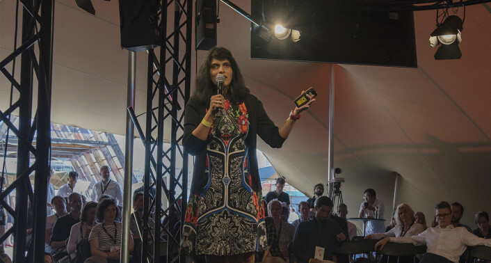 Beena Ammanath, fotografert mens hun holdt sitt innlegg om AI og menneskelighet, på dag to av Katapult Future Fest. Foto: Benedicte Tandsæther-Andersen