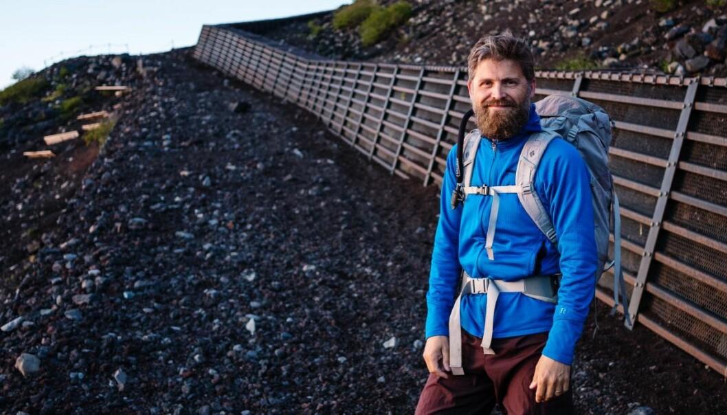 Svein Willassen på toppen av Mount Fuji. Foto: Dag-Inge Aas