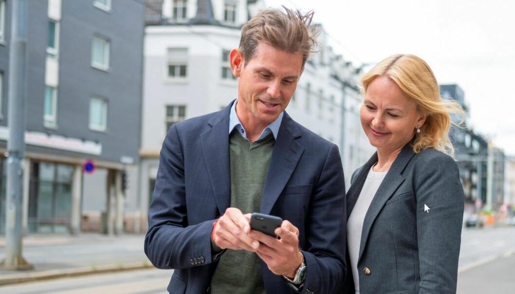 Erik Tandberg, Go Mobile og Synne Homble, NSB. Foto: Mads Kristiansen, NSB.