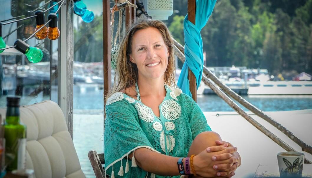 Birgit Liodden, direktør for «bærekraft, havrom og kommunikasjon» i Oslo Business Region. Her på husbåten ved Bygdøy Sjøbad. Foto: Vilde Mebust Erichsen