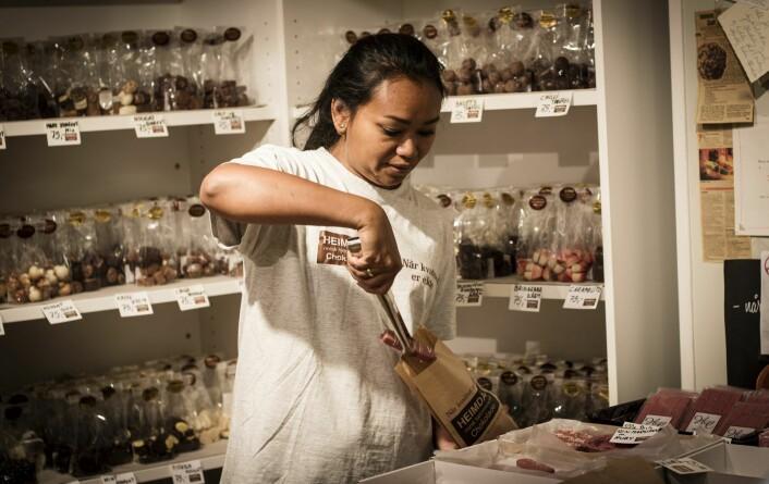 Sjokoladebutikken Heimdal er en av mange forretninger som er å finne i Findr-appen i Arendal. Foto: Per-Ivar Nikolaisen