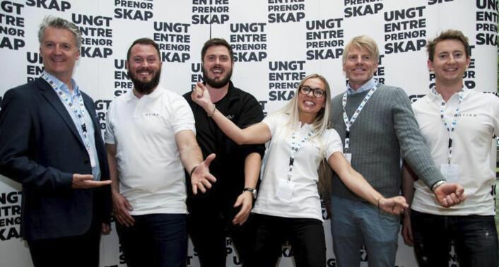 Teamet bak Tixio, fotografert da startupen deltok i Ungt Entreprenørskaps EM i studentbedrift, i Finland.