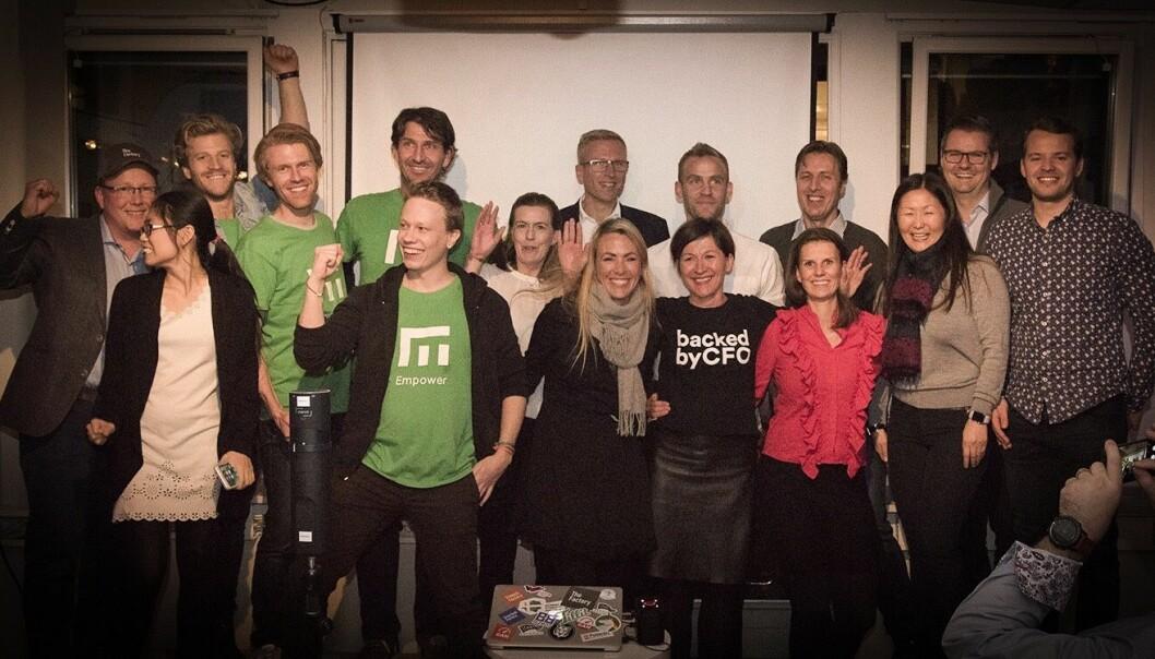 Finalistene som fikk investeringer etter å ha pitchet: Empower, BackedByCFO, Mecu, NorQuant og Mahoom. Foto: Benedicte Tandsæther-Andersen