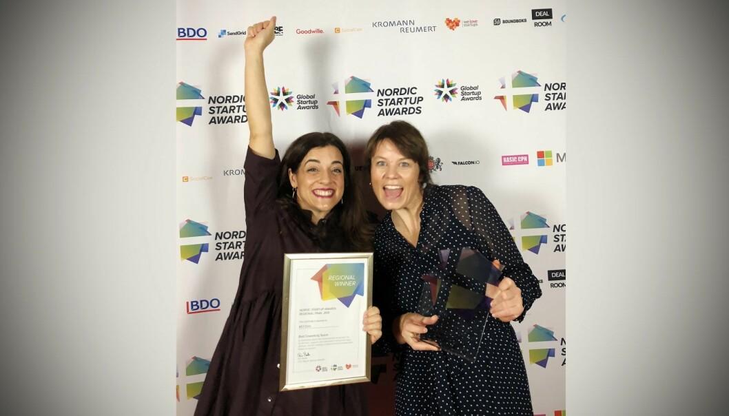 Kirsten McLoud  og Camilla Watz Johannessen i 657 var i København for å motta prisen for Nordens beste coworking-space. Foto: Presse