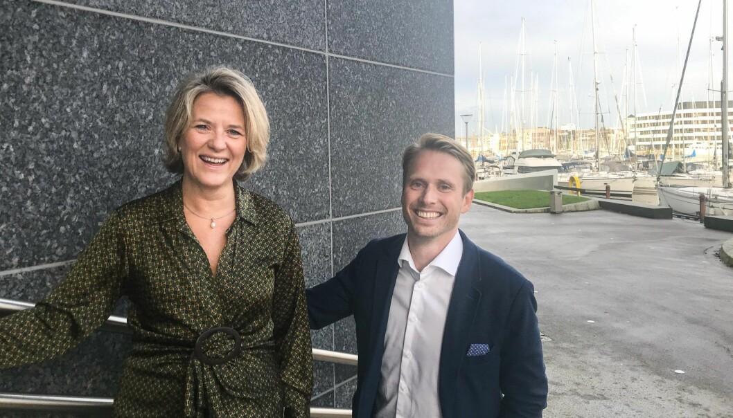 Konserndirektør for bedriftsmarked i DnB, Benedicte Schilbred Fasmer og daglig leder i Dealflow, Petter Skulstad.