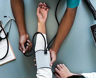 Sykehusleger tar pasientbilder med privat mobil: – Digitale løsninger utfordrer systemet