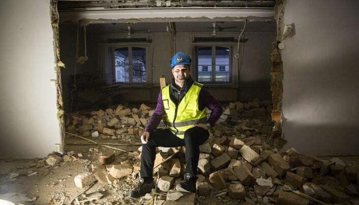 Man må rive ned for å bygge opp. Are Traasdahl i det som ble gründer-huben Share i Myntgata i Oslo.
