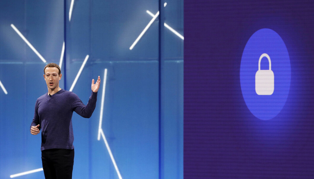 Facebook-sjef Mark Zuckerberg, fotografert da han holdt foredrag på F8, Facebook sin utviklerkonferanse. Foto: AP