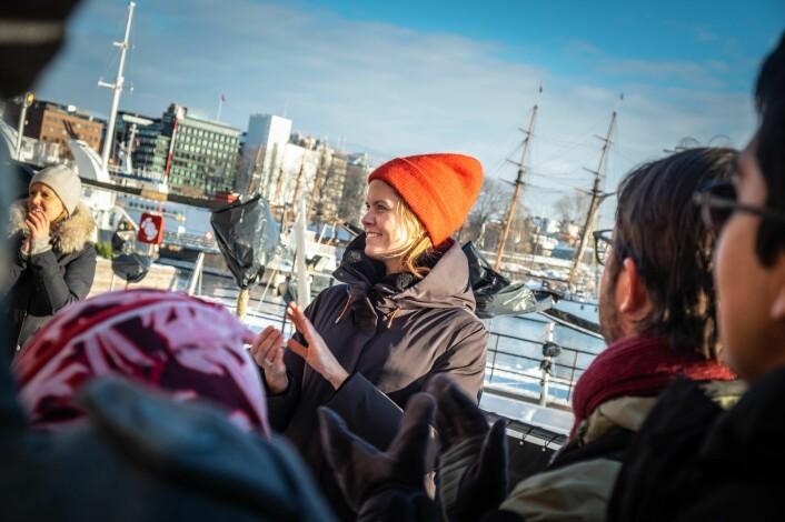 Maren Hjorth Bauer leder Katapult Ocean. Her under under presentasjon av de 11 utvalgte selskapene på Aker Brygge i Oslo. Foto: Vilde Mebust Erichsen
