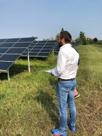 <strong>I felt:</strong> Lars Dysterud Hansen i en av de italienske solparkene. Foto: Privat
