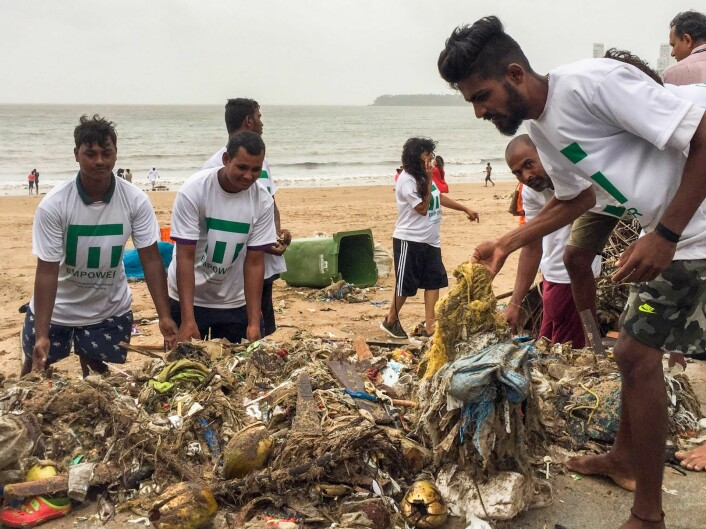 Empower in a clean up operation at the beach of Mumbai, India. Photo: Empower