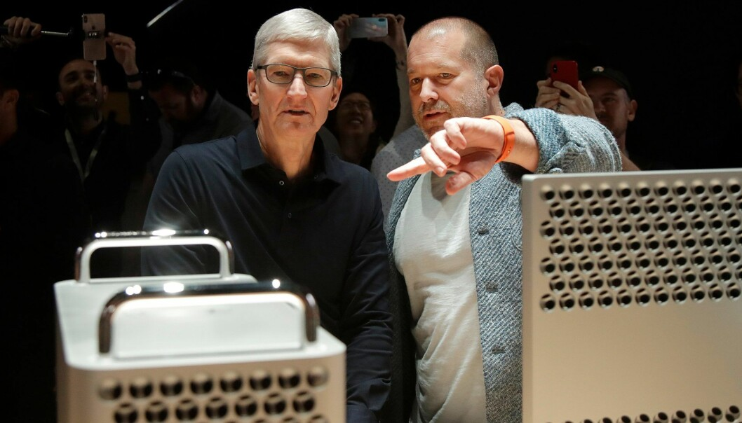 Apple CEO Tim Cook, left, and chief design officer Jonathan Ive look. Photo: AP Photo/Jeff Chiu
