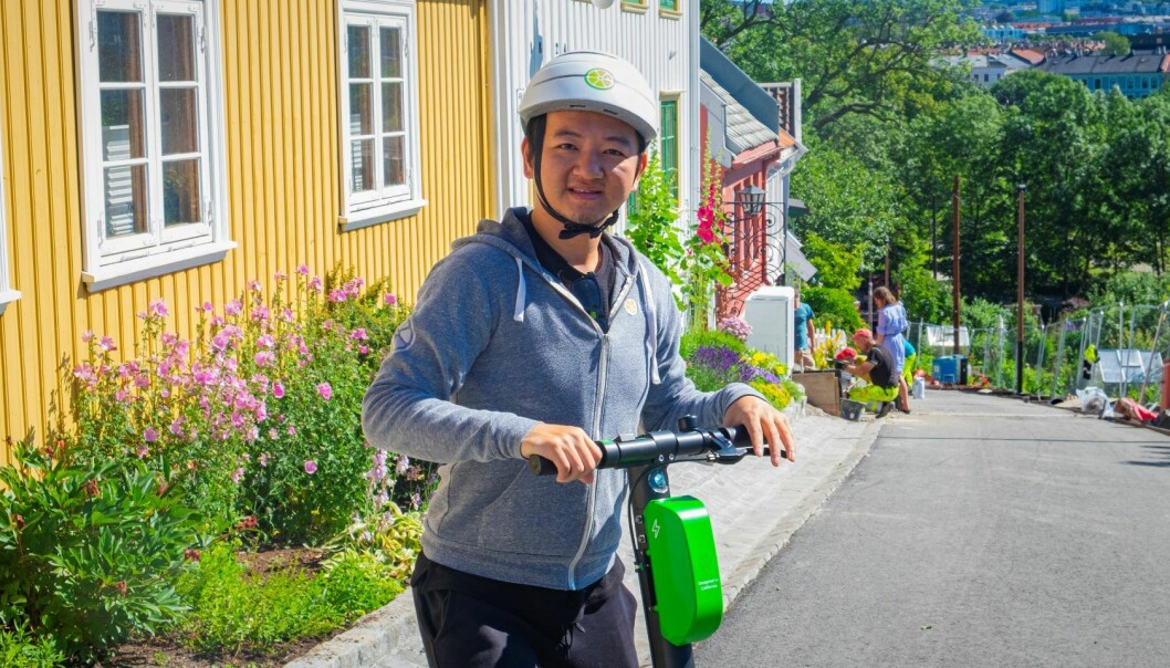 Toby Sun, medgründer i sparkesykkel-pioneren Lime, er i Oslo i forbindelse med lanseringen. Foto: Torill Henriksen