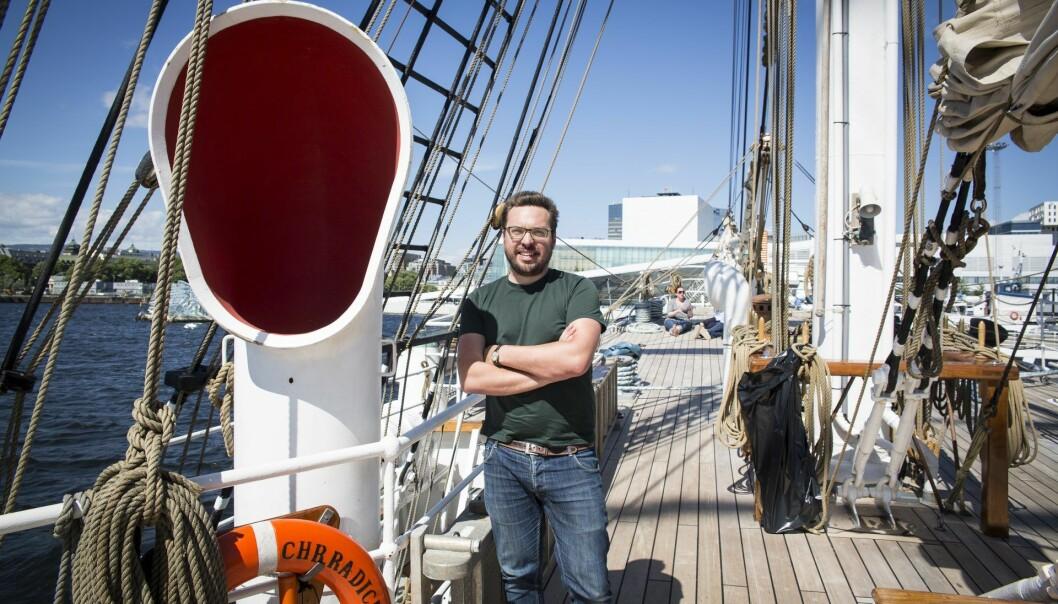"""Carl """"Calle"""" Christensen i Spacemaker ombord på Shifters sommerbåt, Entrepreurship-medlemmet Christian Radich. Foto: Per-Ivar Nikolaisen"""