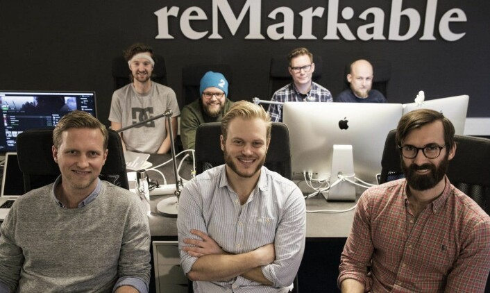 Teamet i reMarkable i november 2016. Nå er de over 80 ansatte. Foran fra venstre: VP Communication Henrik Gustav Faller, gründer og CEO Magnus Haug Wanberg, CMO Magnus Heimsjø. Bak fra venstre: VP Marketing Sigurd Gran-Jansen, CDO Mats Herding Solberg, VP Tech Øyvind Skaar , CTO Martin Sandsmark. Foto: Per-Ivar Nikolaisen