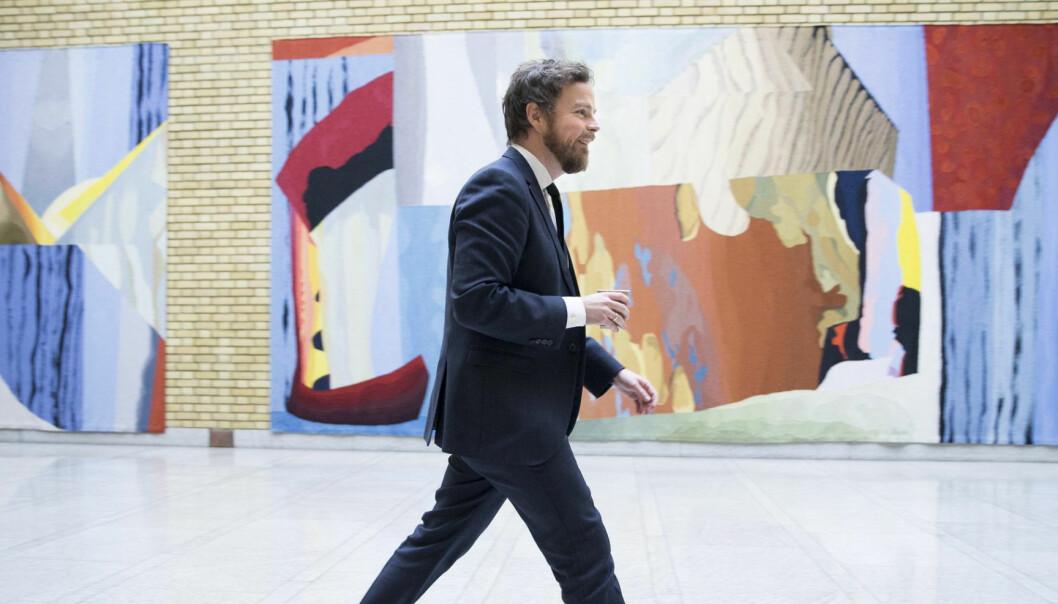 Næringsminister Torbjørn Røe Isaksen i Vandrehallen. Arkivfoto: Terje Pedersen / NTB scanpix