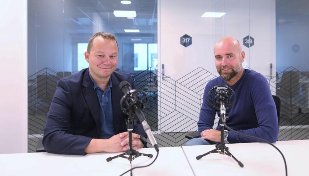 Jon Andreas Pretorius, CIO i Hafslund Nett og Anders Morthen, direktør for innovasjon og tjenester i Telenor Mobil Norge. Foto: Lucas Weldeghebriel
