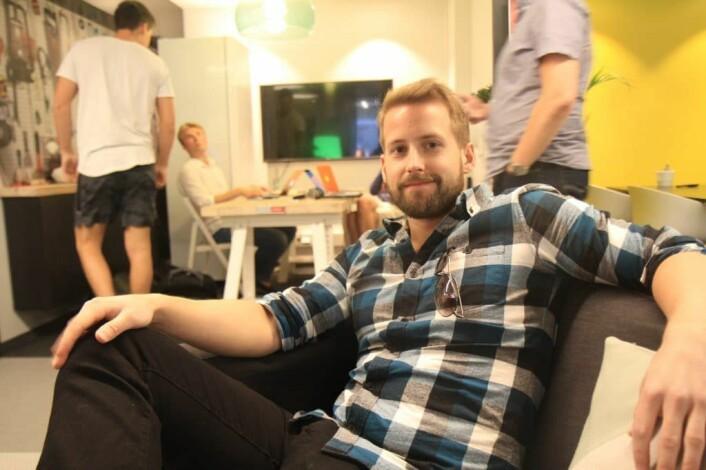 Mats Brun (28), nyutdannet matematiker som opplever et trått jobbmarked, håper en startup kan være løsningen. Foto: Lucas H. Weldeghebriel