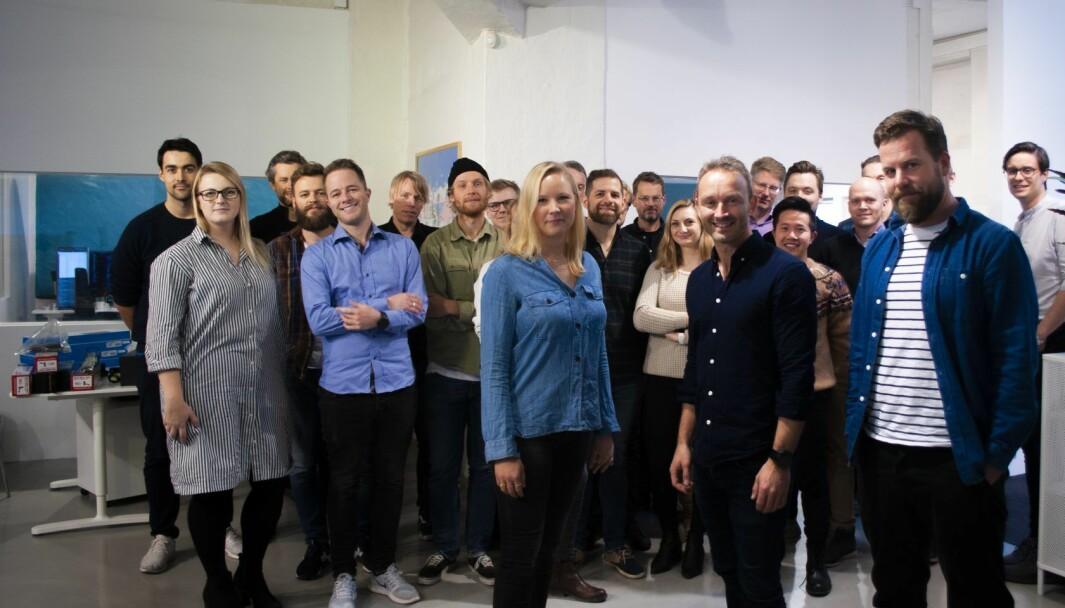 Urban Sharing fylte opp med ansatte i nye lokaler i fjor.  I front er den daværende ledelsen, med COO Liisa Andersson, CEO Marius Olsen og CTO Johan Høgåsen-Hallesby.