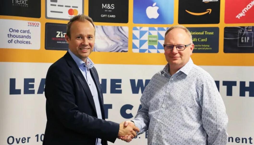 Olav Balandin, daglig leder og gründer i Diggecard AS og Andrew Johnsen, CEO i NGC Operations Ltd. Foto: Presse