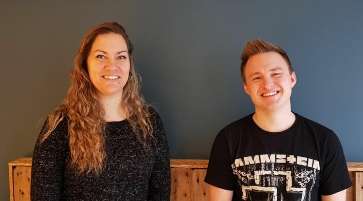 Marianne Nathalie Austvik og Anders Ottesen i Pineleaf Studio.