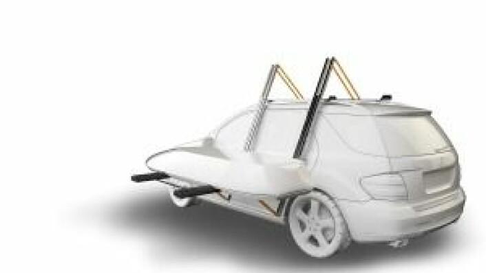 Takstativet fra Dropracks kan senkes ned på siden av bilen.