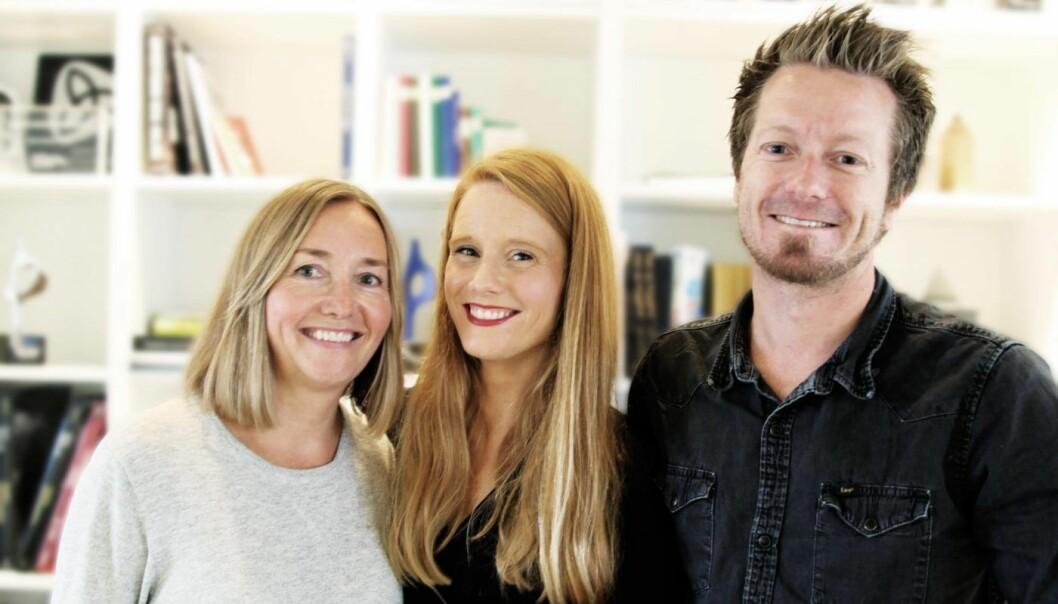 Bente Kvam Kristoffersen (daglig leder i Trigger), Susanne Kaluza og Trigger-gründer Preben Carlsen.
