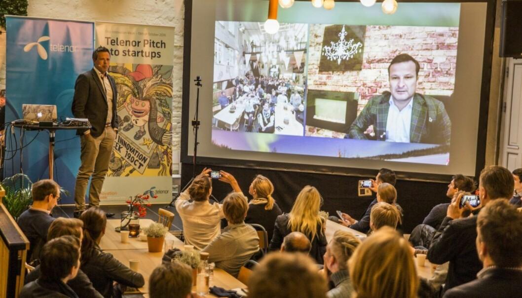 Are Traasdahl på storskjerm på MESH under Oslo Innovation Week. Foto: Per-Ivar Nikolaisen